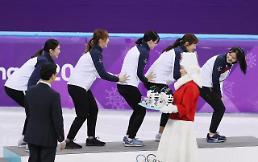 [포토]   센스넘치는 여자 대표팀의 세레모니