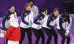 [포토]  팀웍 제대로 보여주는 여자 쇼트트랙 대표팀의 세레모니