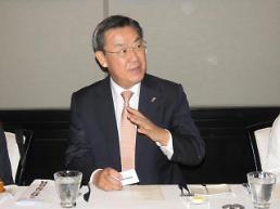 김태영 은행연합회장 은행권 52시간 근무, 1년 빨리 시행할 수도