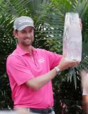 심슨, 4년 7개월 만에 플레이어스 챔피언십 우승...토마스, 세계랭킹 1위