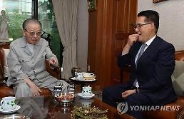 [김종필 별세] 박지원 5·16 빼면 가장 멋진 정치인…명복을 빈다