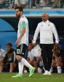 [월드컵] 아르헨티나 삼파올리 감독, 또 '메시 활용 못한' 팀 동료 탓