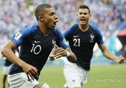 [월드컵] '제2의 펠레' 음바페, 호날두·메시 지운 눈부신 샛별