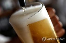 너무 많이 마셔서 탈? 베트남 정부, 맥주와의 전쟁 성공할까