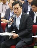 김동연·장하성, 2주에 한번씩 만나 경제현안 논의