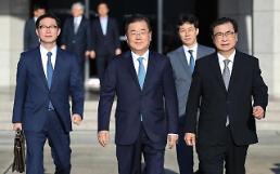 대북특사단, 특별기 타고 평양행…문대통령 친서 휴대