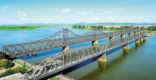 북한과 밀착하는 중국, 일대일로 일환 도로·철도 연결하자