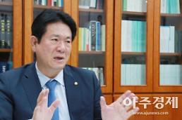 [인터뷰] 이동섭 e스포츠, 국가중점사업 육성해야