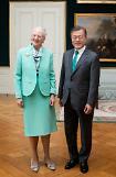 문 대통령, 마그레테 덴마크여왕 면담…양국 협력·한반도정책 지지 확보