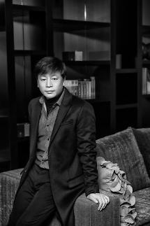 김용화 감독·유지태·김효진 부부 제8회 아름다운예술인상 수상