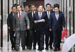 김병준, 전원책에 최후통첩…의원 다독이기 나서