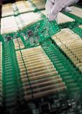 [아주 쉬운 뉴스 Q&A] 삼성전자·SK하이닉스 반도체 위기론 실체는?