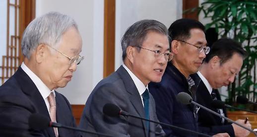 문 대통령 지지율 하락…이·영·자 대책 시급