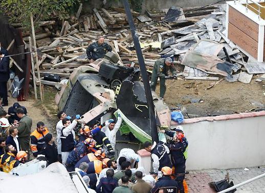[포토] 주택가 추락한 군 헬기