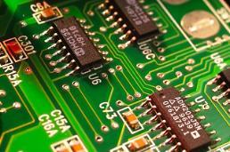 D램값 약세에 삼성전자·하이닉스 목표주가 줄하락