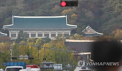 청와대, 한국당 폭로에 적극 해명…김태우 첩보목록 직무 무관시 폐기