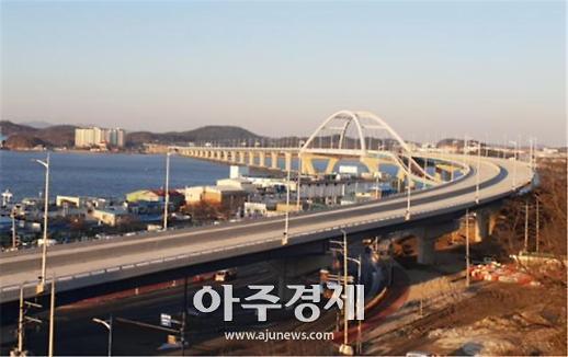 군산-서천 잇는 동백대교, 27일 개통