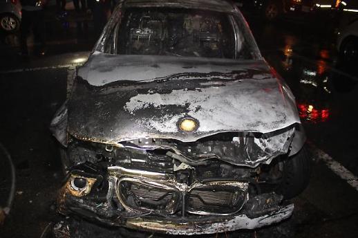 [포토] 불에 탄 BMW