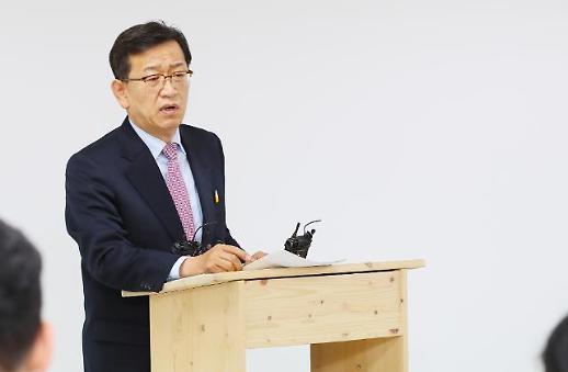 석동현, 김태우 전 특감반원 변호인 사의…순수성에 흠집 안돼