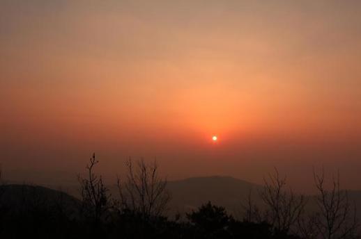 [기해년 일출 명소③]서해를 품은 화성의 일출 화성 건달산'