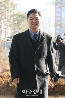 속도 내는 김태우 수사…주목받는 박관천 발언