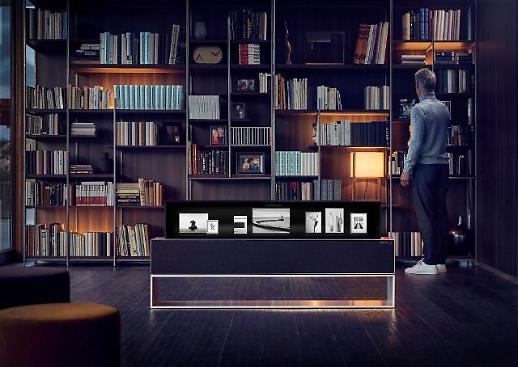 [CES 2019] LG전자, 돌돌 말리는 롤러블 TV 어떻게 생겼을까?