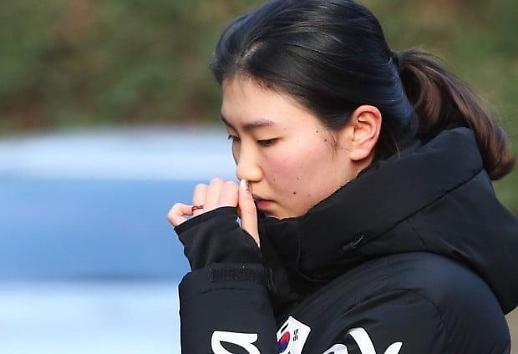 심석희, 조재범 코치 성폭행 피해 폭로…다시 스케이트 끈 조여매고 훈련장으로
