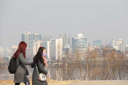 [오늘날씨] 평년보다 포근, 미세먼지 농도 나쁨…건조특보 산불·화재 조심