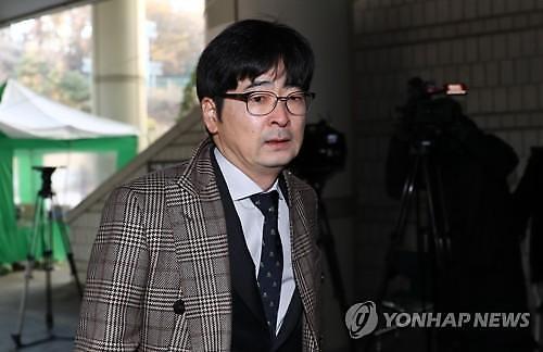 탁현민 행정관, 지난 7일 사표 제출…청와대 아직 사표 수리 안돼