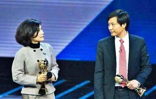 샤오미와 10억 위안 내기 중국 거리전기 CEO, 실언에 주가 흔들