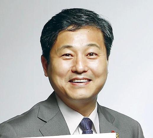 문 대통령, 비서관 4명 연쇄 이동 전보…靑 민정비서관에 김영배