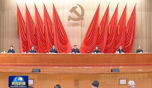 """시진핑, 경제 경고등에 비상회의 소집... """"경제·정치 안정 유지하라"""""""