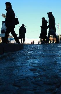 출근길 빙판에 넘어져도 보상 받는다…법원 출퇴근 재해 인정