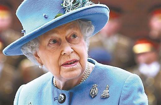 英 노딜브렉시트 대비 여왕 대피계획 세워