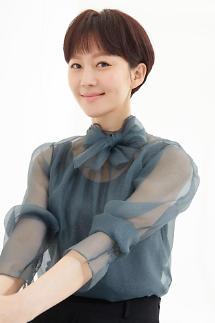 SKY 캐슬 염정아 정우성·이정재 등 동료 연예인들의 뜨거운 반응…인기 실감(인터뷰)