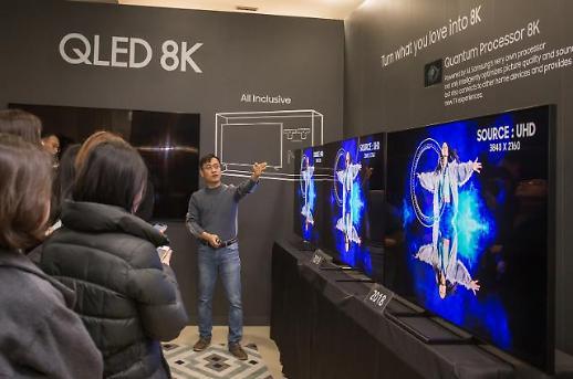 삼성·LG, TV 시장서 프리미엄 지키고, LCD 내줬다