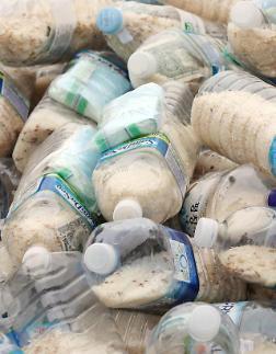 재활용 쓰레기대란 재연되나...환경부, 페트병 라벨 비접착식 우선시 대란 올 수도
