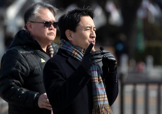 [포토] 대선 무효 주장하는 김진태 이러다 피선거권 박탈 되면 어쩌려고