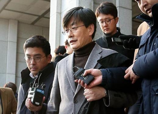 손석희 배임혐의도 본격 수사…프리랜서기자에 용역제안 의혹