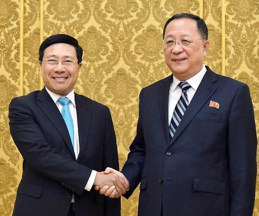 방북 베트남 외교장관 경제발전 경험 공유준비 돼 있다