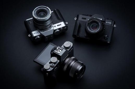 후지필름, 작고 가벼운 미러리스 카메라 X-T30 공개