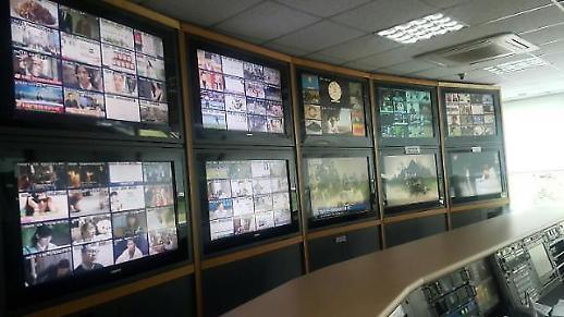요즘 핫한 '유료방송 M&A', 소비자 혜택은?··· IPTV·케이블TV·위성방송 차이가 뭐길래?