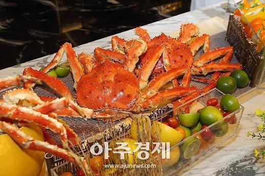 하이원리조트, 국내 호텔 뷔페 최초 활 킹크랩 축제 개최