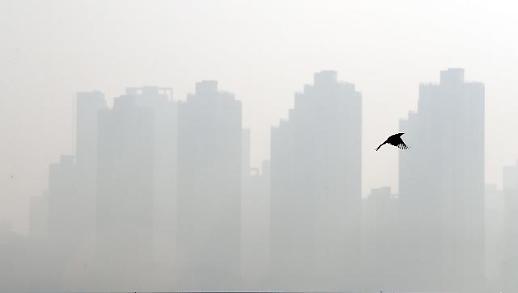 '오늘도 미세먼지' 수도권 등 12개 시·도 비상조치