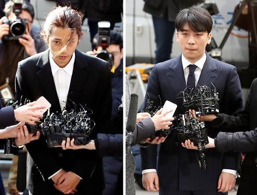 [현장 동영상] '절친' 승리·정준영, 나란히 경찰 출석…박한별 남편도 소환조사