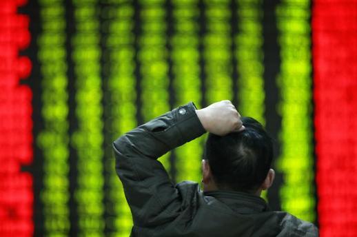 [중국증시 마감]'R의 공포'에 상하이·선전지수 2% 가까이 급락