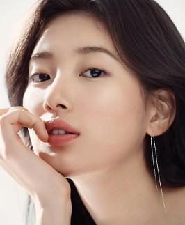 수지, 10년 몸담은 JYP 떠난다…매니지먼트 숲에서 배우로 새출발