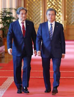 文대통령, 오늘 출국...11일 한·미 정상회담 참석