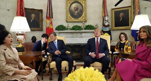 [한미 정상회담] 핵담판 불씨 살리는 文… 김정은에 공 넘긴 트럼프
