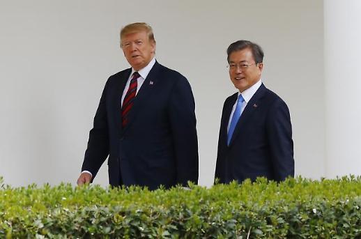 """[한미 정상회담] 민주 """"일곱번째 회담 큰 성과…남·북-북·미 개최 적극 협력"""""""
